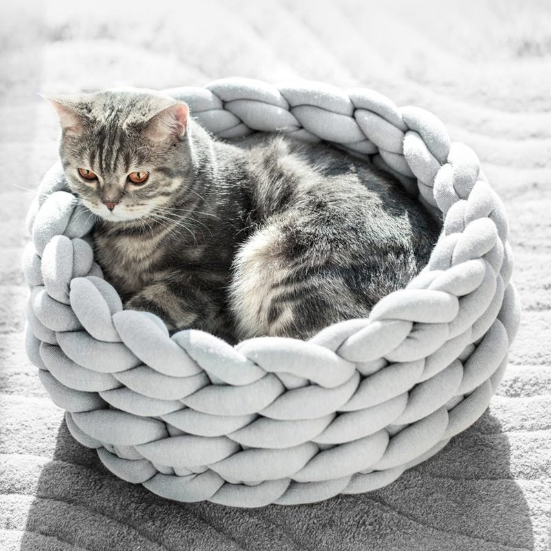 Braided Cat Bed