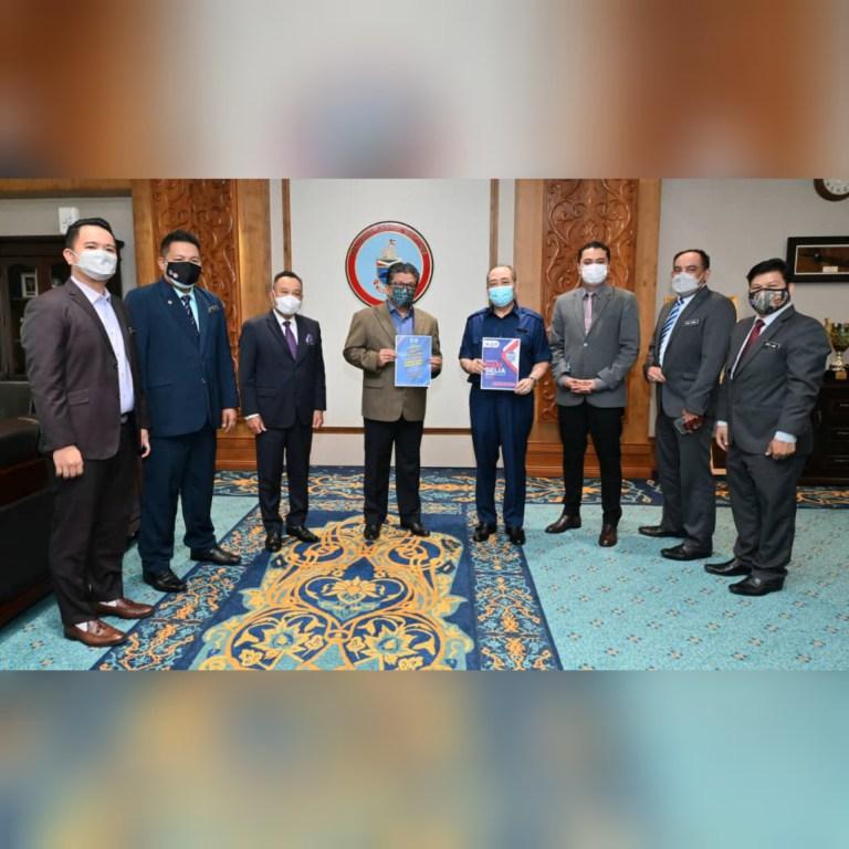 Hajiji Terima Kunjungan Menteri Belia & Sukan Sabah