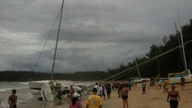 Photo of Более 10 яхт во время шторма выброшены на берег