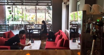 Maiya's Cafe 16