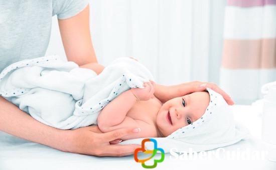Bañar al bebe sin agua