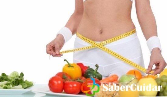 Dietas, cinta métrica y alimentos
