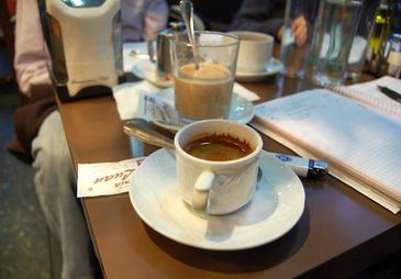 La cafeína afecta más a los hombres y su efecto comienza sólo a los diez minutos de la ingesta