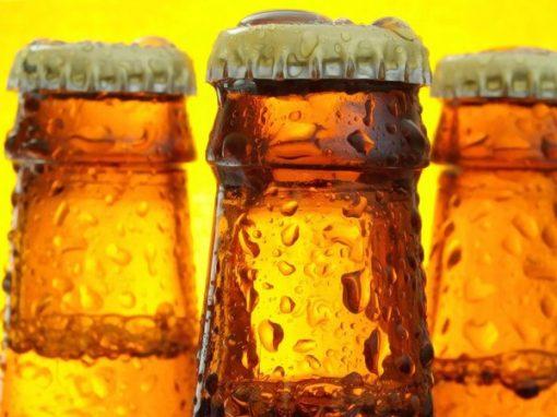 Botella cerveza artesana, cerveza artesanal de autor, visita guiada fábrica
