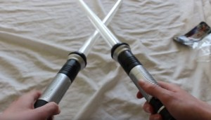 total-fx-rogue-lightsaber-review-total-ripoff