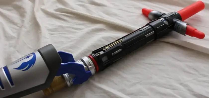 Kylo Ren BladeBuilders lightsaber connected to other BladeBuilders pieces