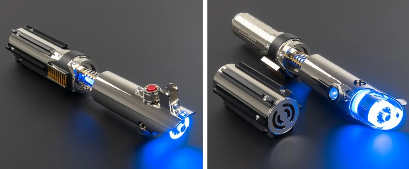 Saberforge Reyflex is a double reveal lightsaber