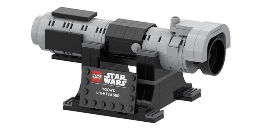 LEGO Yoda's lightsaber promo kit