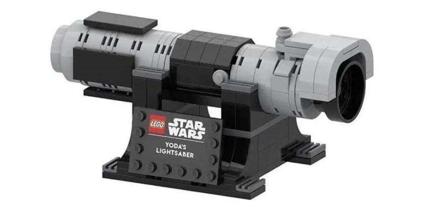 LEGO Yoda's lightsaber kit