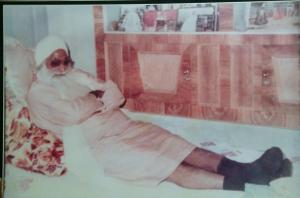 Jathedar Sant Baba Mohinder Singh Ji (Jarg  Wale) - renown for doing Dholki Seva with Sant Ji Maharaj for 40 years