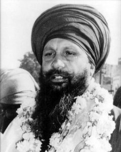 Sant Baba Kartar Singh Ji 'Khalsa' Bhindranwale who practised the Daily Ardas of a Sikh - 'Sikh Kesha Suasan Sang Nibhaave'. Sant Baba Kartar Singh Ji chose to accept death then to undergo an operation that would save their life but involved them having to remove their Kesh.
