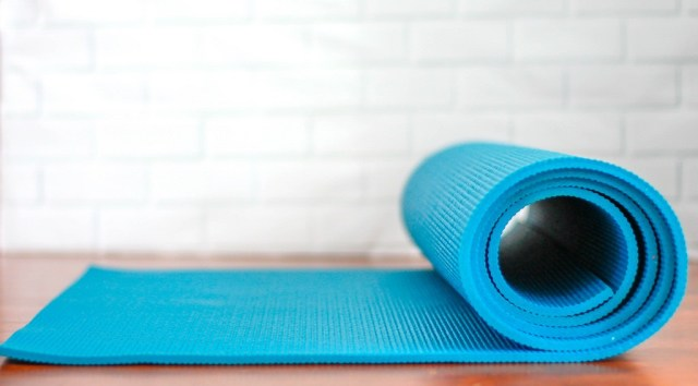 This 30-Minute Morning Yoga Routine Wakes You Up Better Than Coffee