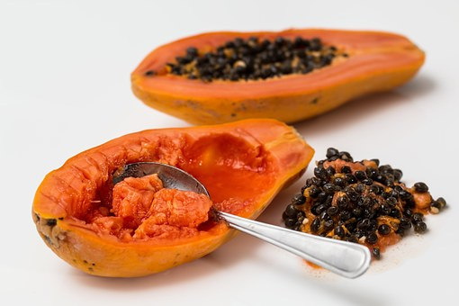 15 SURPRISING HEALTH BENEFITS OF EATING PAPAYA
