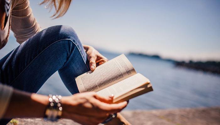 Un estudio explica por qué debemos leer en voz alta