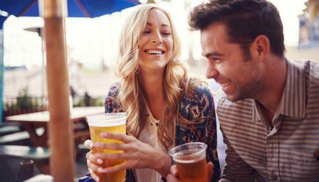 La ciencia asegura esto sobre las parejas que se emborrachan juntas