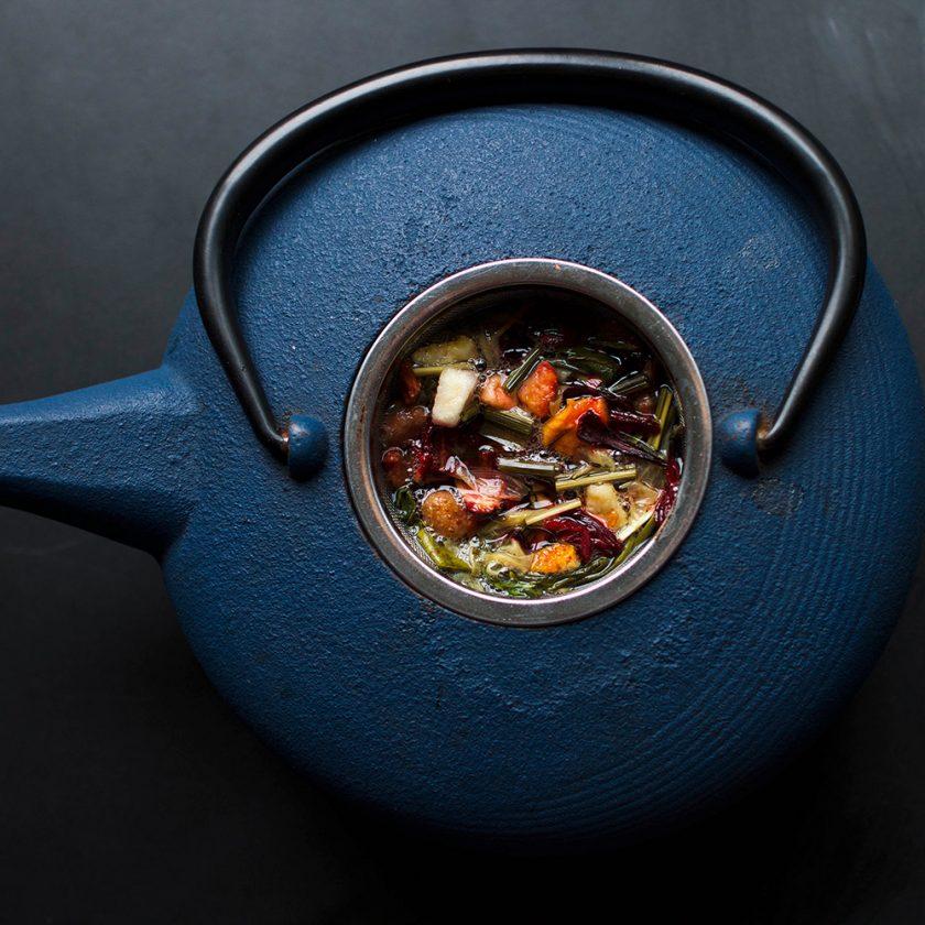 Tee kann alles: Beruhigen und beleben! Foto: Cole Hutson