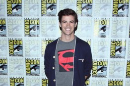 Grant Gustin – The Flash