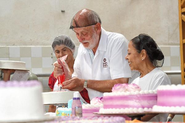 Experto Holandés Ayudó a Innovar Productos a Empresa Pastelera