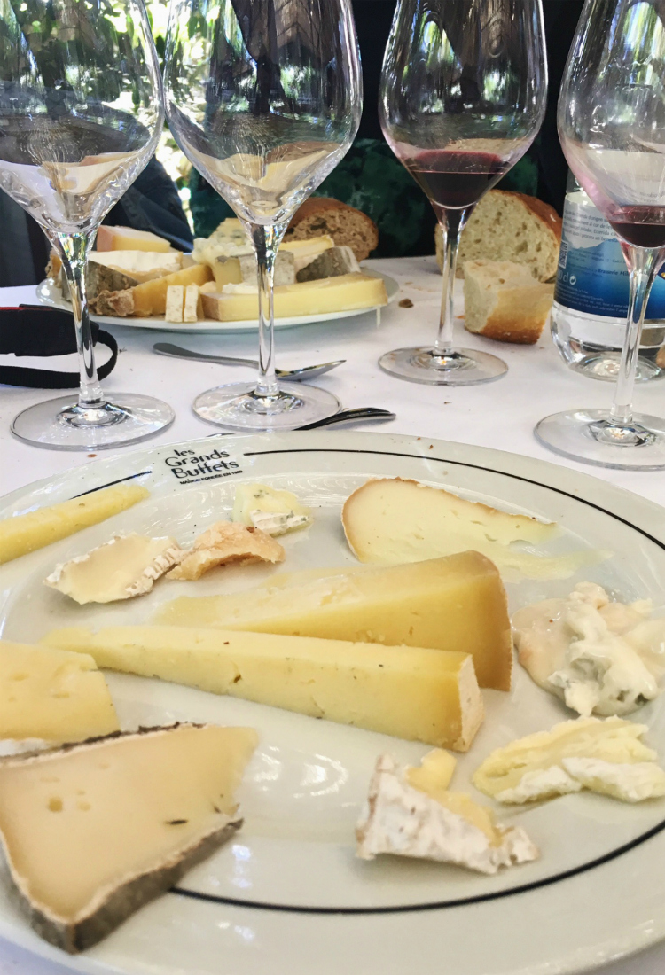 quesos-vino-buffet