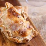 Empanadas de queso y camarón al horno