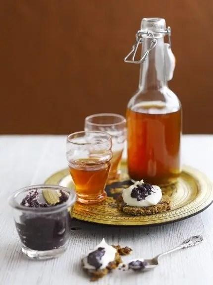 cocteles-de-navidad-coctel-de-pudding-y-vodka