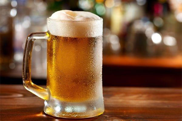 ¿Cómo se toma la cerveza: fría o al tiempo?