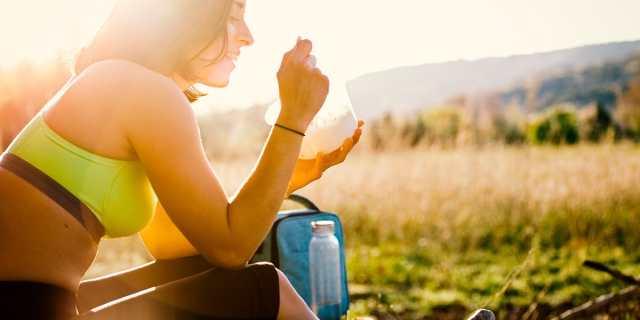Lo que no debes comer o beber antes y después de una carrera