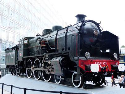 Locomotive display - Left Bank