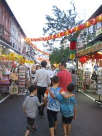 Chill'in in Chattering China Town