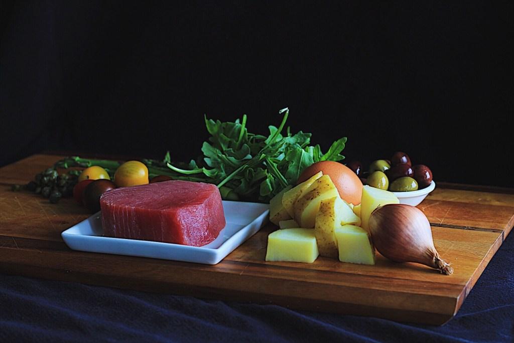 Seared Tuna Nicsoise with Asparagus and Arugula
