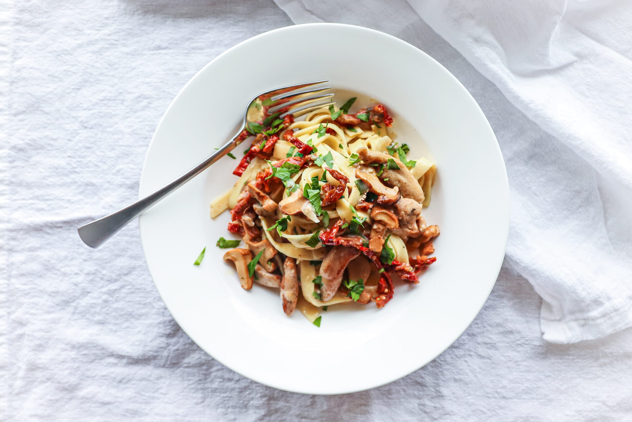 Chicken and Sun Dried Tomato Pasta