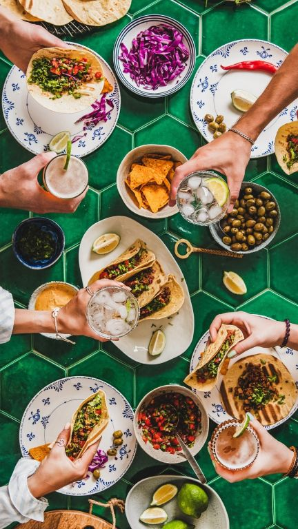 A Mexican Fiesta for Feliz Cinco de Mayo with lots of delicious margaritas, dinner and appetizer recipes and dishes and lots of noisy celebration.