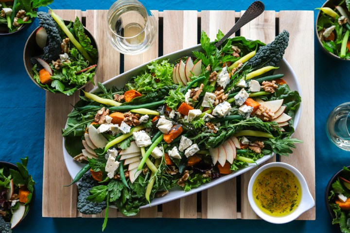 Rocket and Pear Salad With Yams and String Beans