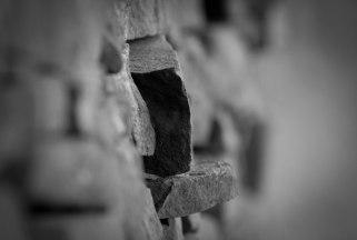 brick-wall-monochrome