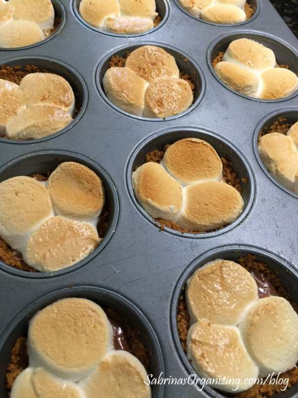 baked peanut butter smores cupcake