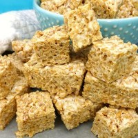 Healthy Brown Rice Crispy Treats (or Bites)