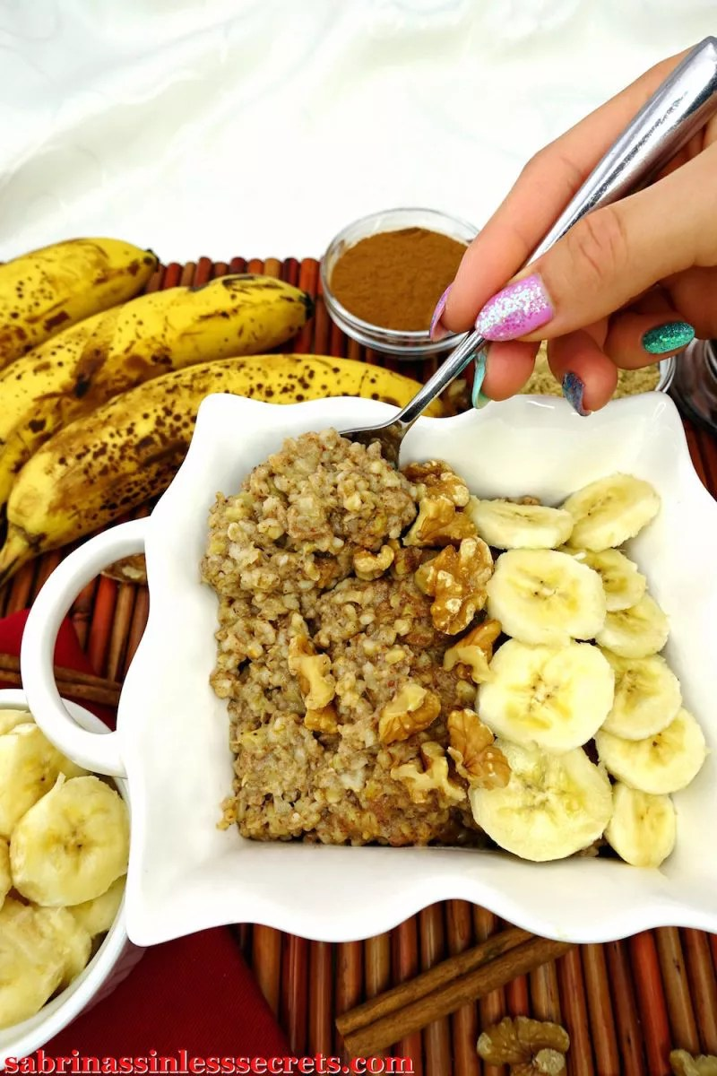 "This breakfast tastes like a treat, erasing the ""healthy breakfast"" stigma of steel-cut oats—yes, even for the picky eaters! This creamy oatmeal tastes like a banana cinnamon bun! Nutritious, energy-packing, and delicious? It almost sounds too good to be true! This oatmeal is gluten-free, vegan, dairy-free, refined sugar-free, and clean-eating!"