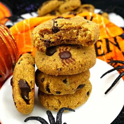 Paleo Pumpkin Chocolate Chunk Spider Cookies