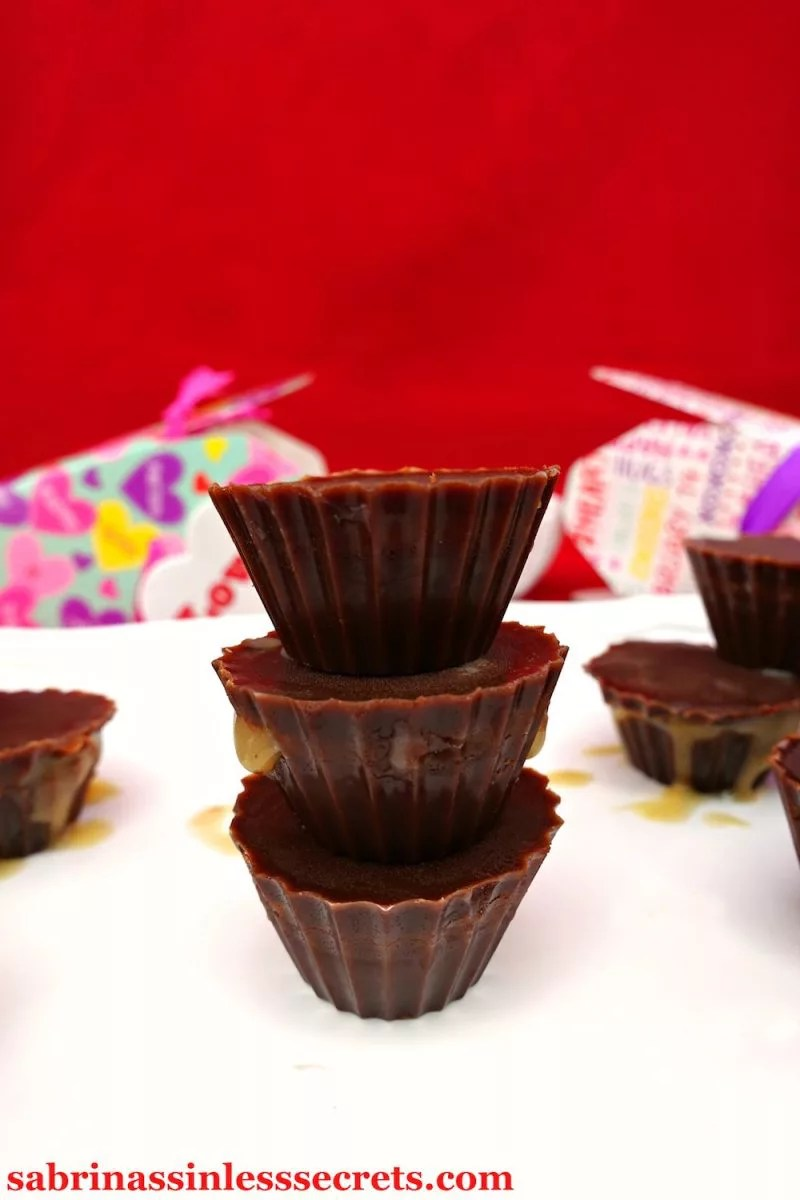 Each bite of these Paleo and Vegan Dark Chocolate Caramel Cups is more addictive than the next, making you fall in love with the delectable flavor! The silky caramel filling pairs wonderfully with the bitable, rich dark chocolate. You won't miss the store-bought or artificial, bad-for-you caramel cups EVER AGAIN, because this sinless version is Paleo, vegan, dairy-free, gluten-free, refined sugar-free, guilt-free, easy, clean-eating, and so delicious!