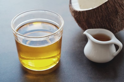 5 Not-To-Miss Health Benefits of MCT Oil