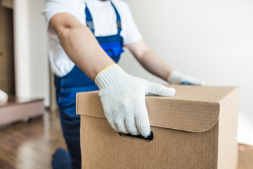 Why Hire Professional Movers?