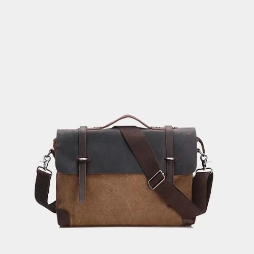 Sacoche besace bi-ton en toile marron et cuir véritable brun foncé.