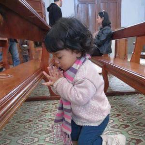 Dziecko się modli