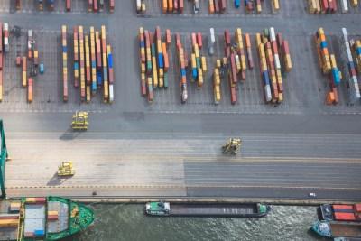 Containers uit de lucht terminal haven van Antwerpen