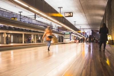 Architectuur metrostation den Haag