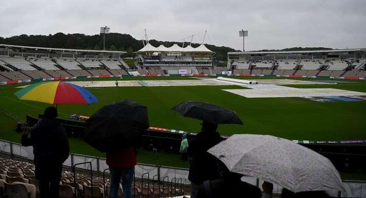 भारत-न्यूजीलैंड टेस्ट में बारिश से फैन्स हुए मायूस, जानिए आज की भविष्यवाणी