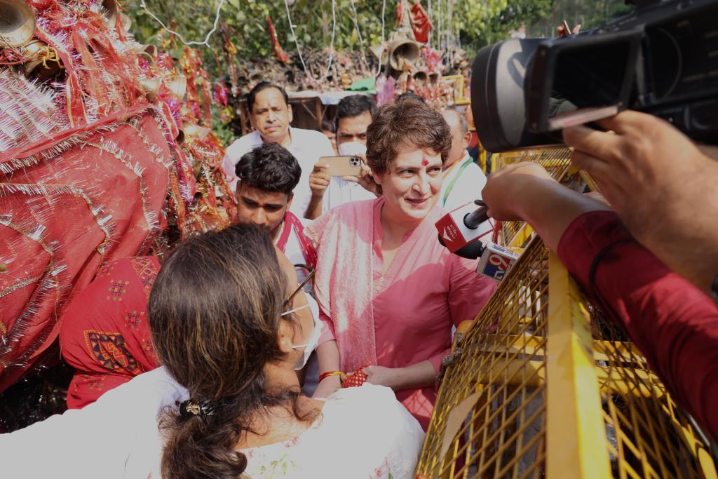 Priyanka Gandhi Pratigya Rally: काशी में प्रियंका गांधी लेंगी 7 प्रतिज्ञाएं! 100000 भीड़ जुटाने का दावा