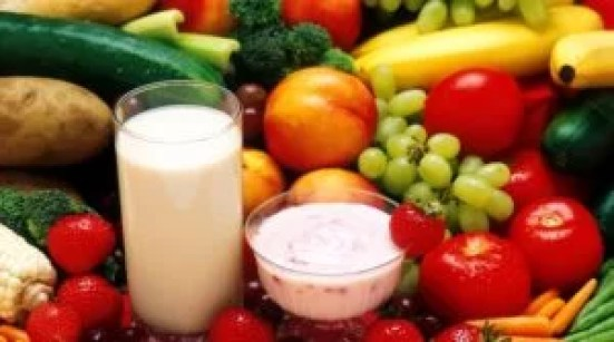 Best fruits and milk