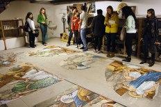 SACI sculpture students visiting a mosaic studio of Carrara