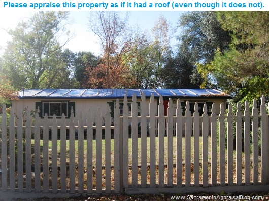 roof-with-blue-tarp-photo-by-sacramento-appraiser